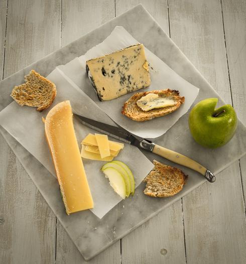Irish Farmhouse Cheeses_© 2013 Helena McMurdo-2